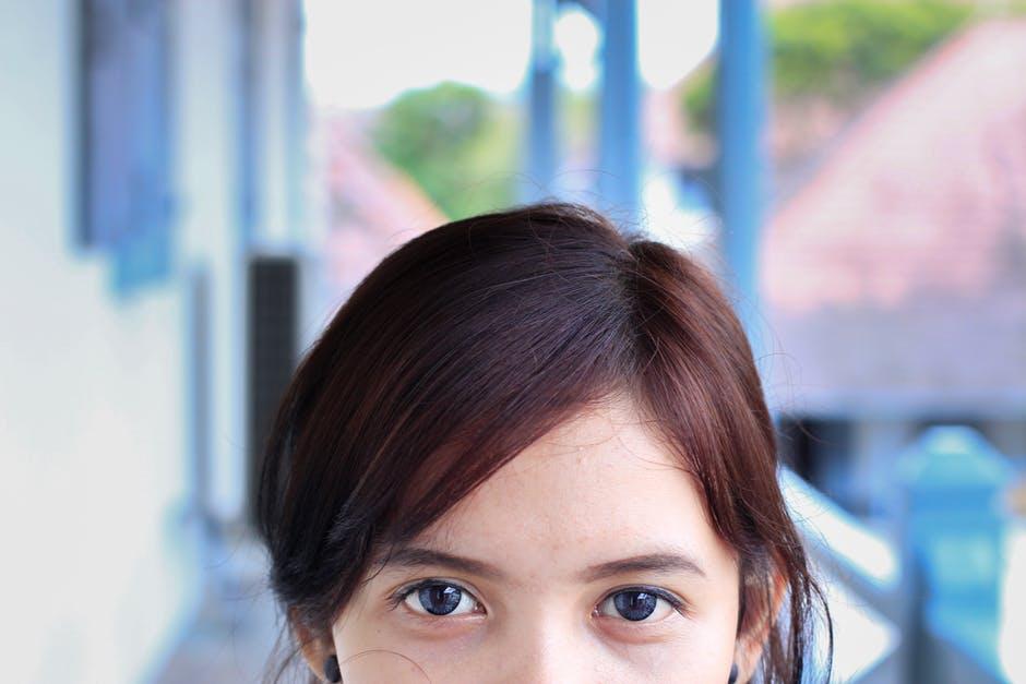 90+ verbs words to describe eyes